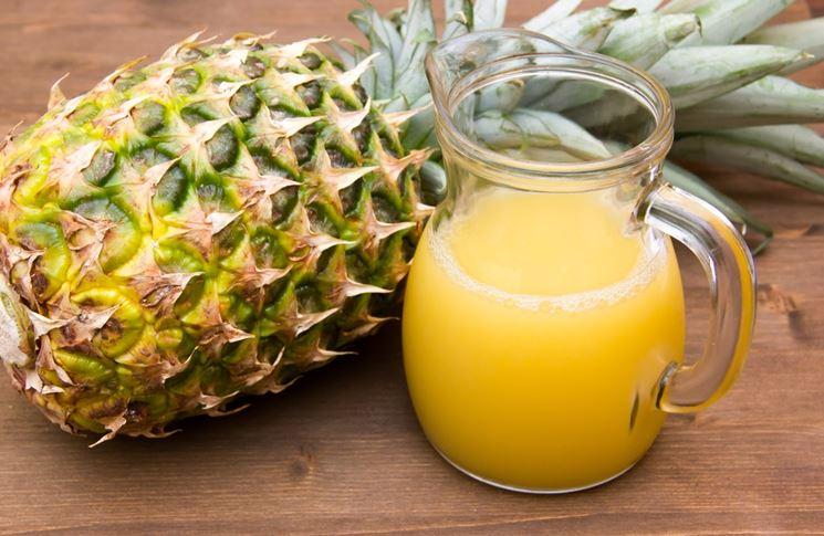 Ananas: proprietà e benefici